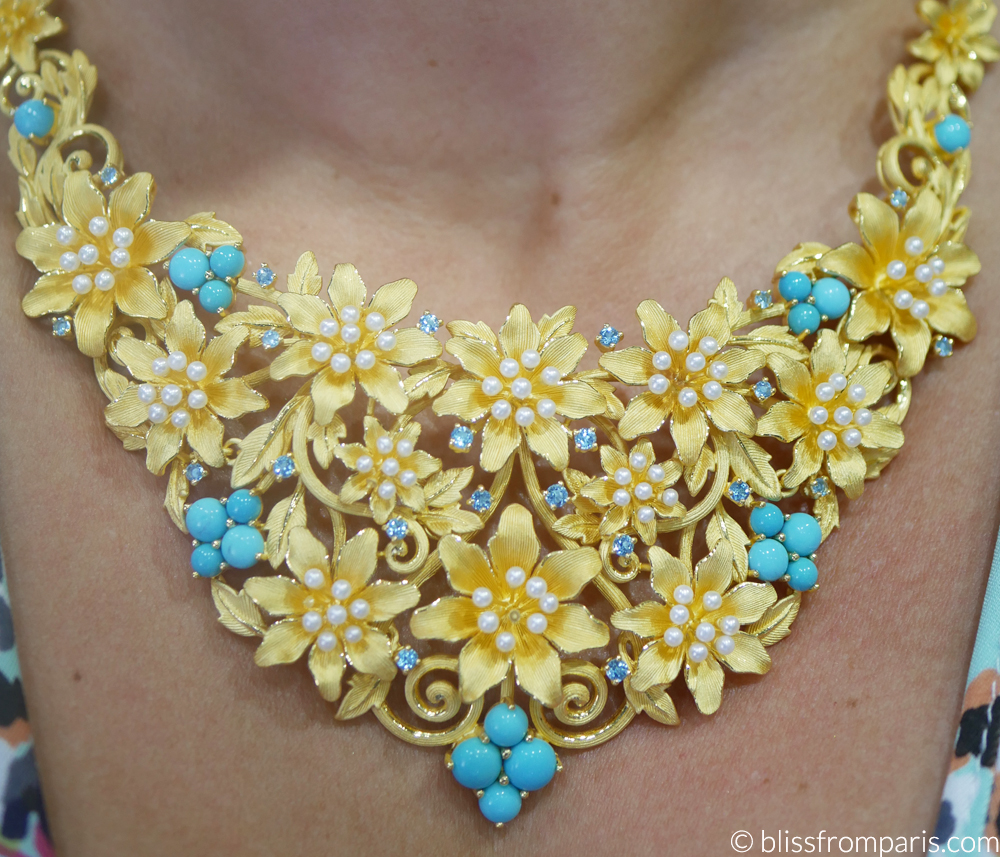 Prima Gold necklace © ww.blissfromparis.com