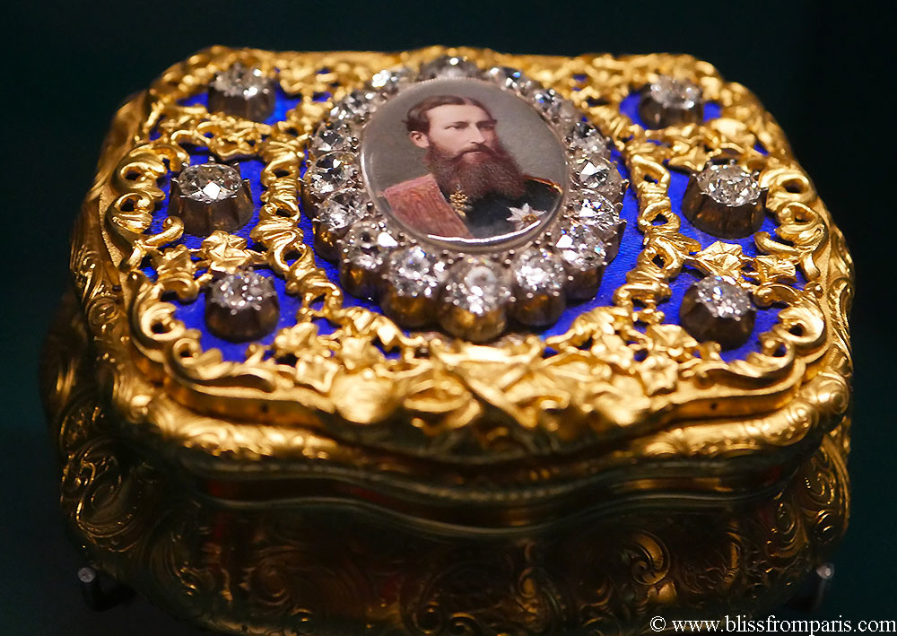 Snuffbox with portrait of Leopold II