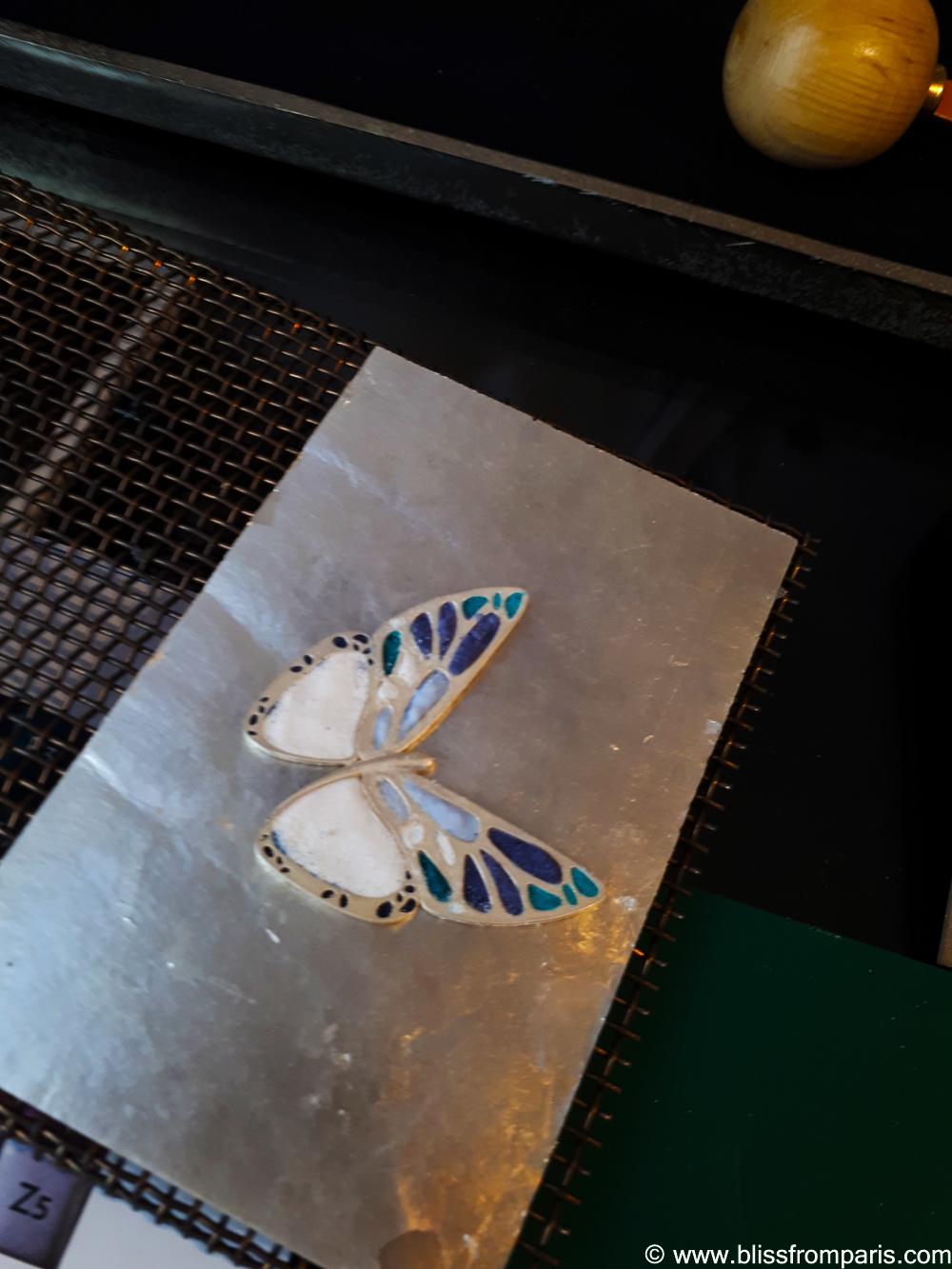 Mon papillon en argent que j'ai émaillé avant la mise au four