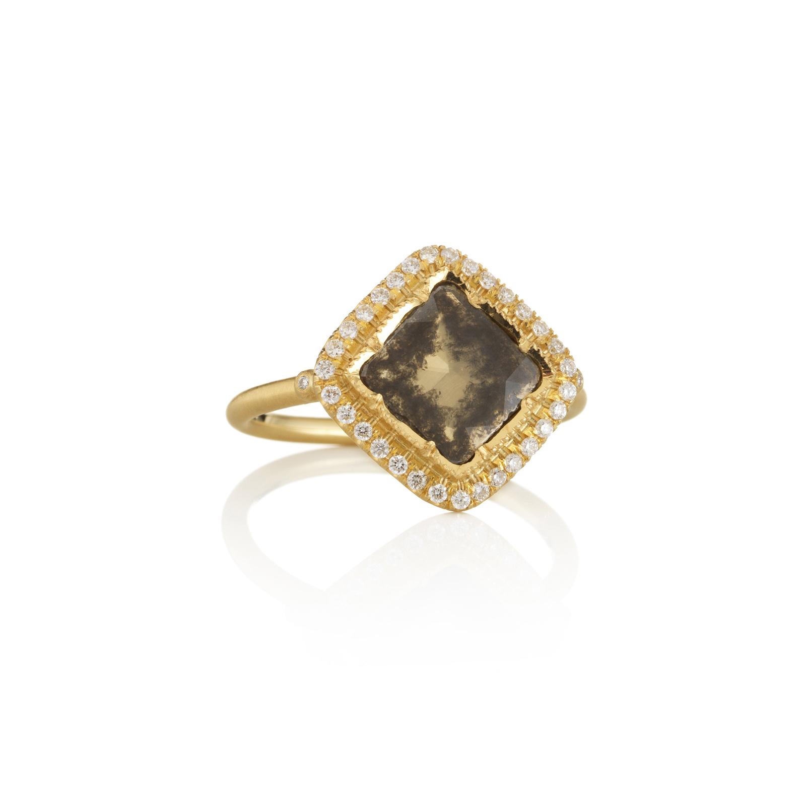 "Brooke Gregson- Bague ""DIAMOND SLICE PAVÉ SQUARE"", or jaune, diamant chocolat et diamants"