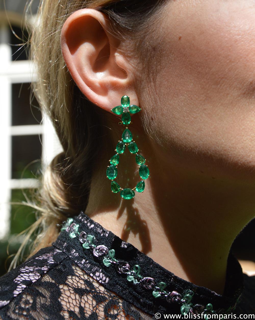 Boucles d'oreilles avec émeraudes